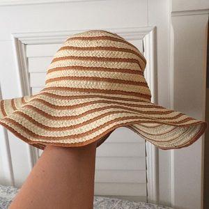 LOFT sun hat!